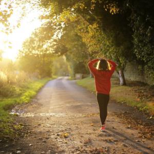 運動して幸福度を上げよう!のイメージ画像